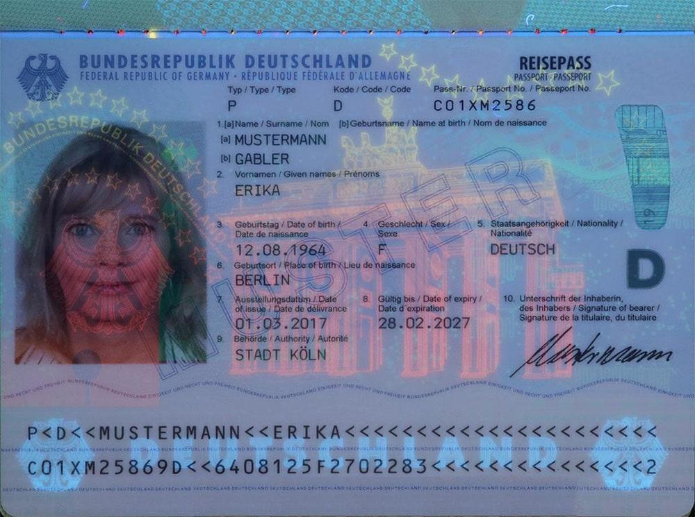 پاسپورت آلمان تحت اشعه UV