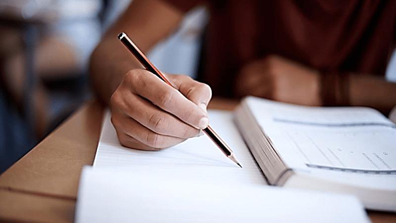 تحصیل در خارج از کشور و اقامت تحصیلی در خارج از کشور